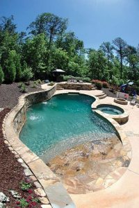 kerti medence vízeséssel 4